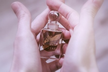 Ayoon Al Maha Amouage attar
